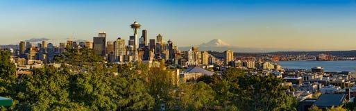 街市西雅图全景  免版税库存图片