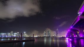 街市迈阿密地平线和桥梁向迈阿密海滩 股票视频