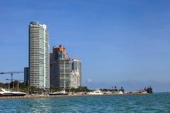 街市迈阿密江边 免版税库存照片
