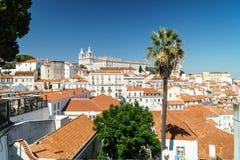街市里斯本地平线全景在葡萄牙 免版税图库摄影