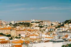 街市里斯本地平线全景  免版税库存照片