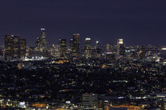 街市洛杉矶地平线在晚上 免版税库存照片
