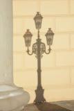 街灯的阴影在Bolshoy剧院前面的 库存照片