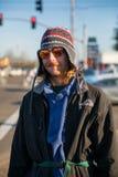 街角的无家可归的瞬变人 免版税库存照片