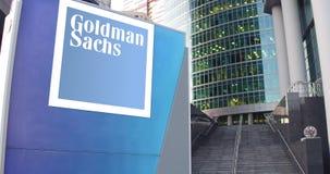 街道与高盛集团的标志板,公司 徽标 现代办公室中心摩天大楼和台阶背景 股票视频