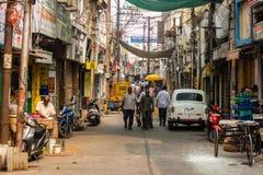 街道交通在维杰亚瓦达,印度 库存照片
