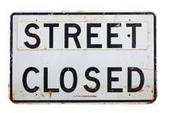 街道关闭了在一个空白背景的符号 免版税库存图片