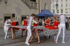 街道剧院节日在克拉科夫 免版税库存照片