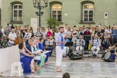 街道剧院节日在克拉科夫 图库摄影