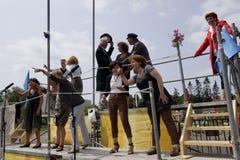 街道剧院节日在杜廷赫姆, 7月1日的荷兰 库存照片