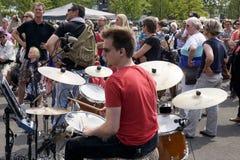 街道剧院节日在杜廷赫姆, 7月1日的荷兰 免版税库存照片