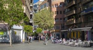 街道和大厦在中心历史穆尔西亚  免版税库存照片
