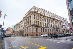 19 01 2018 - 街道和被恢复的房子在柏林,德国 免版税库存照片