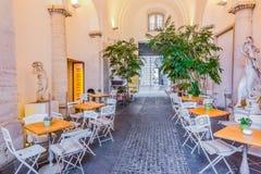 街道咖啡馆在纳沃纳广场Centro Storico在罗马意大利 免版税库存照片