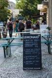 街道咖啡馆菜单  免版税图库摄影