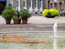 街道喷泉在苏黎世 免版税库存图片