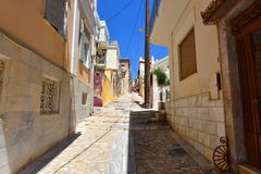 街道在埃尔穆波利锡罗斯岛,希腊 图库摄影