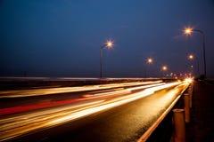 街道在晚上。 库存图片