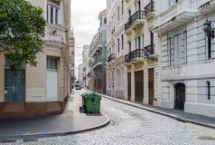 街道在老圣胡安,波多里哥 免版税库存图片