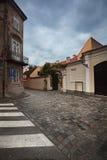 街道在老萨格勒布,克罗地亚 免版税库存照片