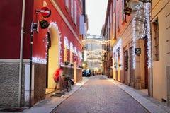 街道在老镇帕尔马,意大利 免版税库存照片
