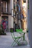 街道在老镇,哥特式处所,巴塞罗那,西班牙 免版税库存图片