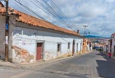 街道在苏克雷,玻利维亚的首都 免版税库存图片