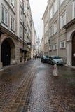 街道在萨尔茨堡的历史的市中心 库存图片