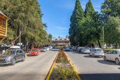 街道在街市巴里洛切-巴里洛切,巴塔哥尼亚,阿根廷 免版税库存照片