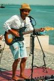 街道在里斯本的歌手表现 免版税库存照片