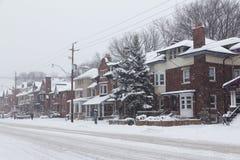 街道在雪期间的多伦多 免版税库存图片