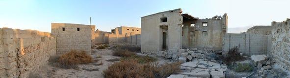 街道在Al Jazirah Al的哈姆拉鬼魂村庄 免版税图库摄影