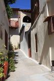 街道在Omodos村庄,在海岛上  免版税库存照片