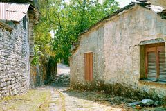 街道在Zagori 免版税库存照片