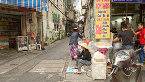 街道场面在市河内 库存图片