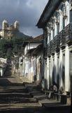 街道场面在玛丽安娜,米纳斯吉拉斯州,巴西 免版税库存图片