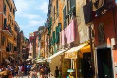 街道场面在韦尔纳扎,五乡地,意大利 库存照片