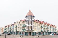 街道场面,与公寓和企业在斯瓦科普蒙德 免版税库存图片