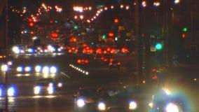 街道城市在晚上 焦点 股票视频