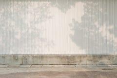 街道墙壁背景,工业背景,空的难看的东西urba 免版税库存照片