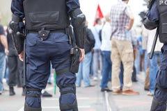 街道抗议执法的警察 库存图片