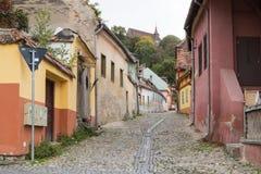 街道木匠在老城Sighisoara在罗马尼亚 免版税库存照片
