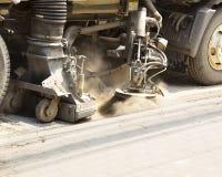 街道清扫车清洁的细节 图库摄影