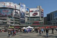 街道生活在多伦多 免版税库存图片