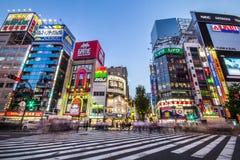 街道生活在新宿,日本 免版税库存照片
