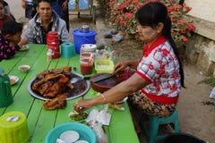 街道生活在曼德勒,缅甸 免版税图库摄影