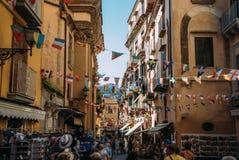 街道的看法在索伦托,意大利 免版税库存照片