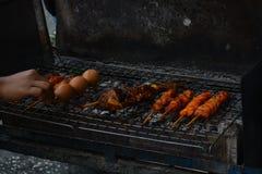 街道省songkla的食物叫卖小贩在hatyai,泰国 库存照片