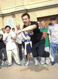 街道舞蹈演员节日在圣彼德堡 免版税库存图片