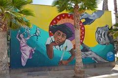 街道艺术墨西哥男孩 免版税库存图片